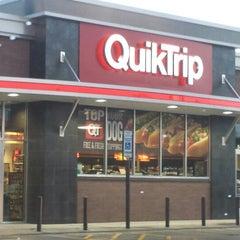 Photo taken at QuikTrip by Roy H. on 7/17/2013