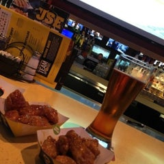 Photo taken at Buffalo Wild Wings by Andrew W. on 4/15/2016