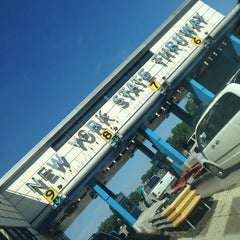 Photo taken at New England Thruway Toll Plaza by Robert E. on 8/25/2013