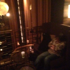 Photo taken at The Empire Hotel Lobby Bar by Junior S. on 6/18/2014