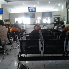 Photo taken at Kantor Imigrasi Kelas I Manado by Alfriana T. on 3/15/2013