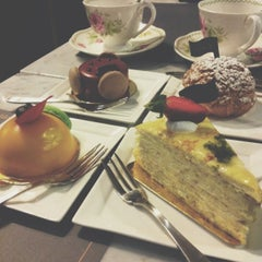 Photo taken at Sam's Patisserie.Boulangerie.Desserts by Alvin W. on 6/13/2013