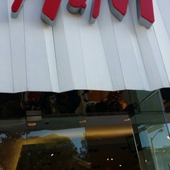 Photo taken at H&M by Robert K. on 11/25/2013