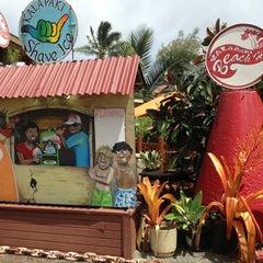 Photo taken at Kalapaki Beach Hut Burgers by Melissa on 7/23/2013