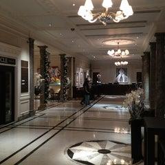 Photo taken at Hyatt Regency London - The Churchill by Katsunori K. on 1/1/2013