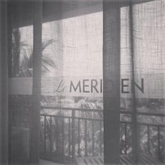 Photo taken at Le Méridien Shimei Bay Beach Resort & Spa by jiazi on 5/14/2014
