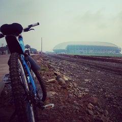 Photo taken at Stadion Gelora Bandung Lautan Api (GBLA) by mukhlis j. on 3/1/2015