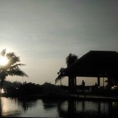 Photo taken at Lawana Escape (Lawana Beach Resort) by Pawin L. on 11/23/2014