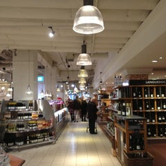 Photo taken at La Grande Épicerie de Paris by Mayumi S. on 11/12/2012
