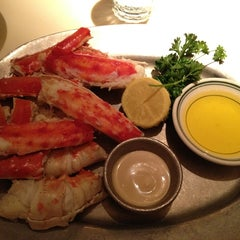 Photo taken at Joe's Seafood, Prime Steak & Stone Crab by Paul on 1/3/2013