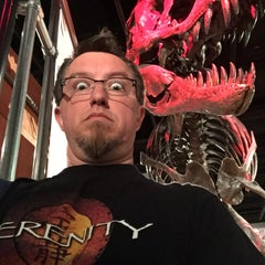 Photo taken at Dinosaurs/Hall of Paleobiology Exhibit by Kevin G. on 8/31/2015