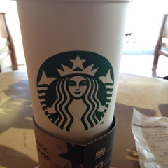 Photo taken at Starbucks by Jose G. on 4/11/2012