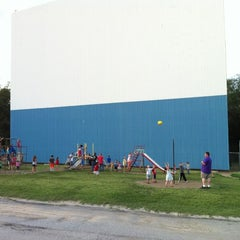 Photo taken at Boulevard Drive-In Theatre by Amy P. on 6/16/2012