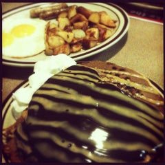 Photo taken at Denny's by Electric B. on 4/26/2012