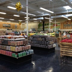 Photo taken at Sprouts Farmers Market by Steve B. on 8/18/2012