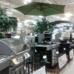 Photo taken at Canadian Tire by Gracelyn M. on 4/24/2012