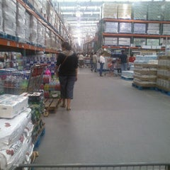Photo taken at Costco by Arturo P. on 11/21/2011