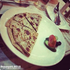 Photo taken at Shakespeare and Co. - شكسبير أند كو by Sanooya on 1/28/2012