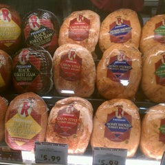 Photo taken at Rouses Market by Princess C. on 9/28/2011