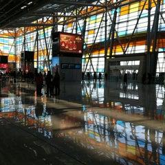 Photo taken at Zvartnots International Airport | Զվարթնոց Միջազգային Օդանավակայան (EVN) by Vardan Z. on 12/12/2011