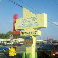Photo taken at Cootie Brown's by Eric A. on 8/25/2011