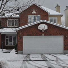 Photo taken at Hausmart Real Estate For Sale-PRE MLS by Hausmart on 1/15/2012