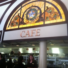 Photo taken at 1886 Café & Bakery by Tim Q. on 3/4/2012