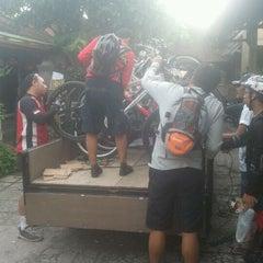 Photo taken at SMA Dwijendra Denpasar by cipta w. on 12/24/2011