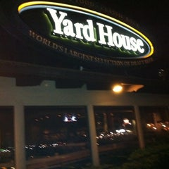 Photo taken at Yard House by Savanah L. on 9/12/2011