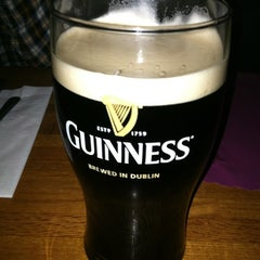 Photo taken at Duffy's Tavern & Restaurant by Jay S. on 1/4/2012