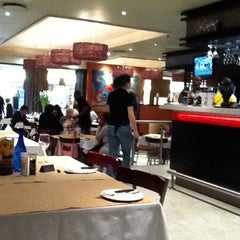 Photo taken at Col'Cacchio by Alan H. on 9/10/2011