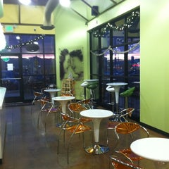 Photo taken at Peachwave by Justin P. on 11/30/2011