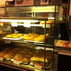 Photo taken at Secret Recipe by Aishah A. on 3/14/2011