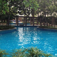 Photo taken at Pool · The Westin Kuala Lumpur 吉隆坡威斯汀酒店 by Edward C. on 1/31/2012