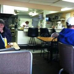 Photo taken at Richie's Chicken by Natalie V. on 3/6/2011