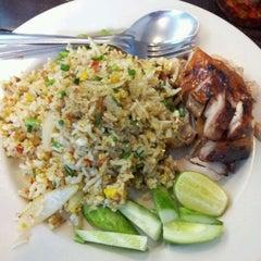 Photo taken at Chicken Chef by Sine on 12/20/2011