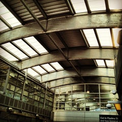 Photo taken at CTA - Howard by jmm on 8/29/2012