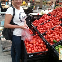 Photo taken at Bodega AURRERA by Job A. on 8/26/2012