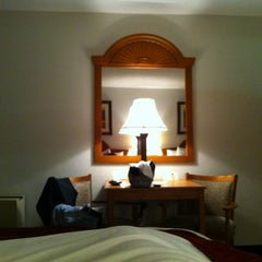 Photo taken at Best Western Heritage Inn - Chico by Cesar R. on 2/23/2012
