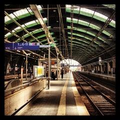 Photo taken at Berlin Ostbahnhof by jan w. on 8/19/2012