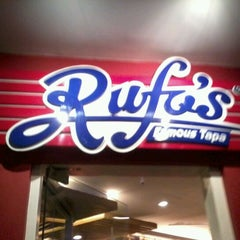 Photo taken at Rufo's Famous Tapa by Anamor D. on 4/7/2012