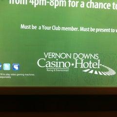 Photo taken at Vernon Downs Casino by Skeeter H. on 8/9/2011