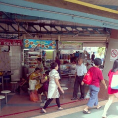 Photo taken at Gallery @ Bedok by Iswadi I. on 6/3/2012