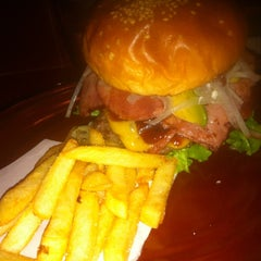 Photo taken at Burger × Burger by 3 4. on 3/16/2012