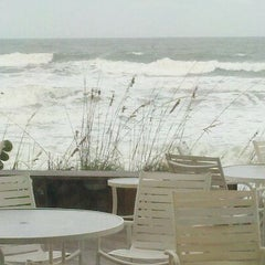 Photo taken at Crowne Plaza Melbourne-Oceanfront by Stephen C. on 11/5/2011