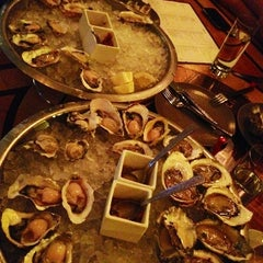 Photo taken at GT Fish and Oyster by Anne on 8/6/2012