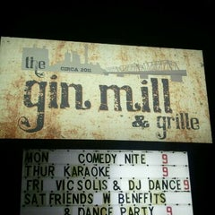 Photo taken at The Gin Mill & Grille by Kevin L. on 10/15/2011