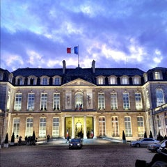 Photo taken at Palais de l'Élysée by M.G. S. on 12/7/2011