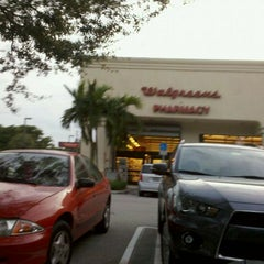 Photo taken at Walgreens by Kevin H. on 10/28/2011