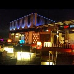 Photo taken at Pak Ping Ing Tang Boutique Hotel (พักพิงอิงทาง บูติค โฮเทล) by au+ k. on 5/29/2012